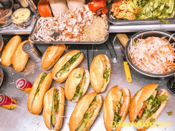 Hình ảnh quán bánh mì 98 Nguyễn Chế Nghĩa
