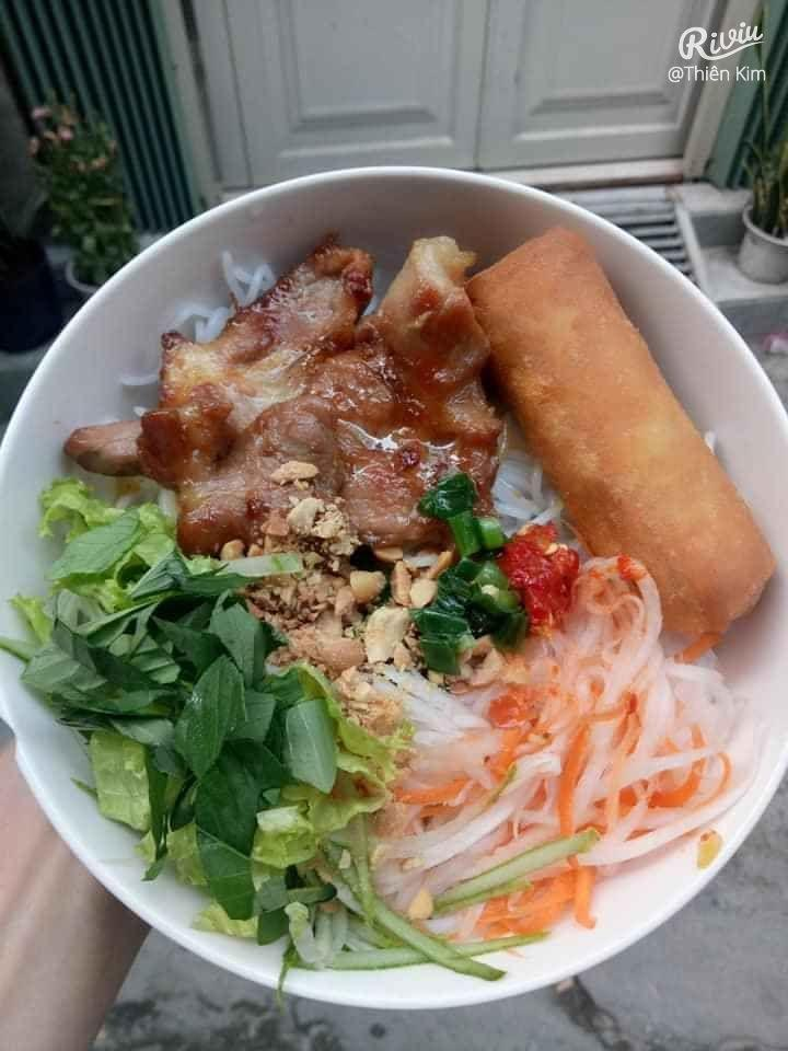 Bún thịt nướng Thiên Kim