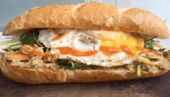 Hình ảnh quán Bánh mì trứng & Bánh mì xúc xích