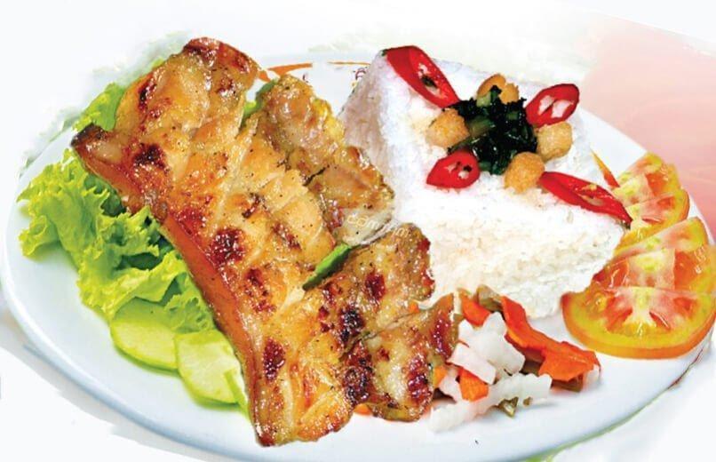 Quán cơm tấm 419 có thực đơn phong phú với nhiều món ăn dân dã nhưng đậm đà