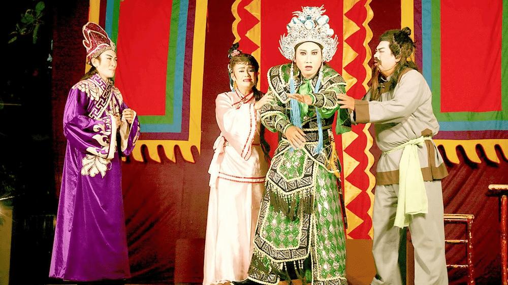 Một cảnh hát bội trên sân khấu ca nhạc Thảo cầm viên