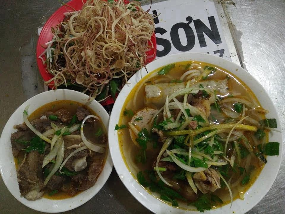 Bún bò Minh Sơn