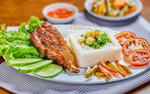 Cơm Tấm Cali - SC VivoCity rất ngon, hấp dẫn với nhiều món ăn lạ miệng