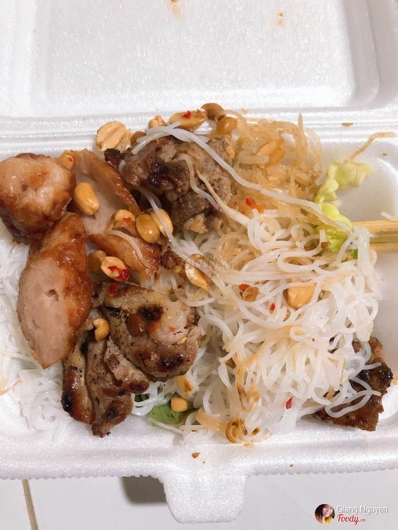 Quán bún thịt nướng Cô Kim