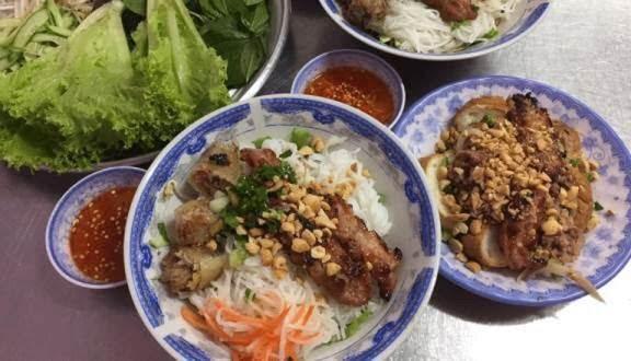 Quán bún thịt nướng Trung Hiền