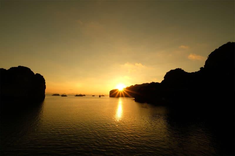 Thời gian tốt nhất để du lịch Sài Gòn Hạ Long