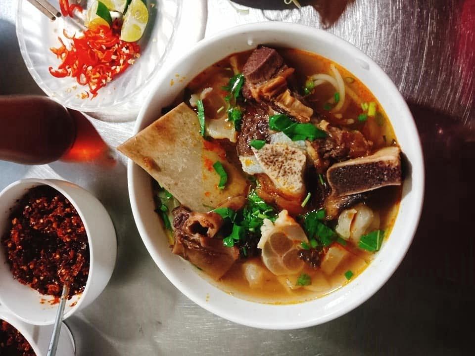 Bún bò đường Trương Văn Thành