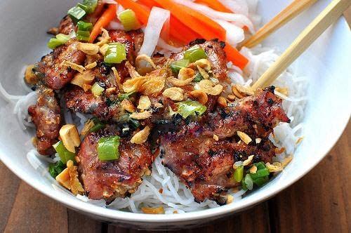 Quán bún thịt nướng Nam Quốc