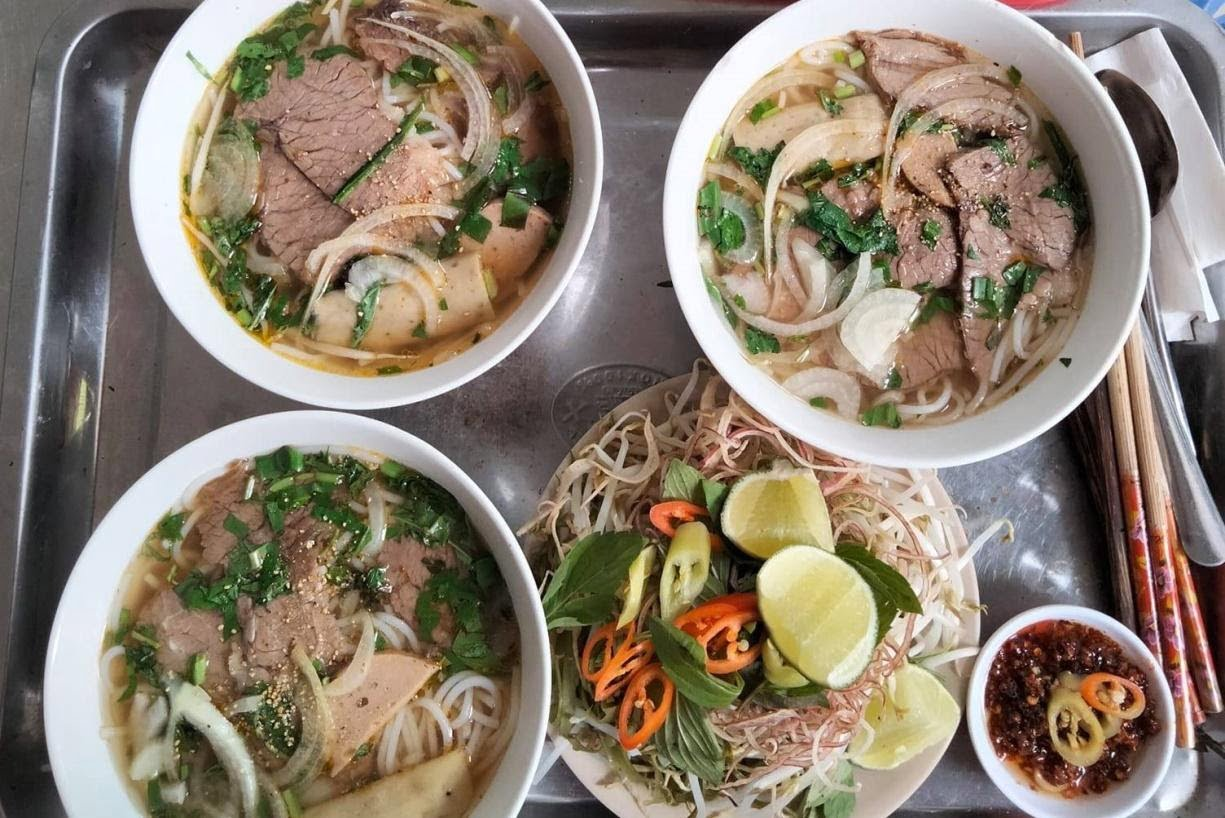 Bún bò đường Tân Hương