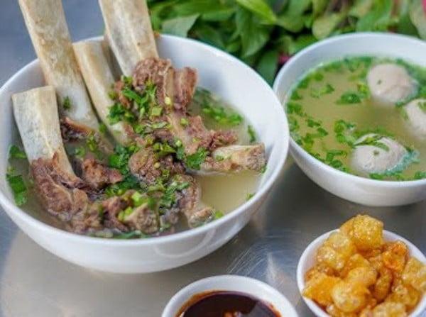 Top 10 món ăn ngon quận 3