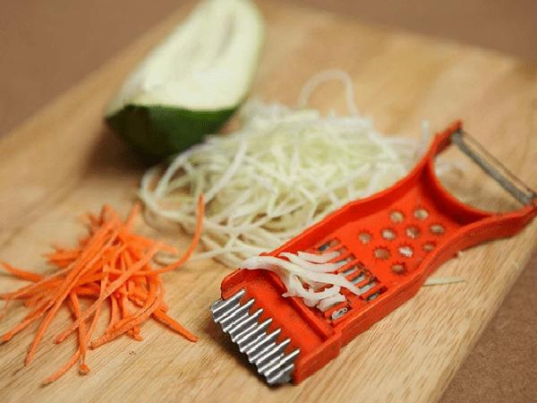 Cách làm đồ chua từ đu đủ và cà rốt