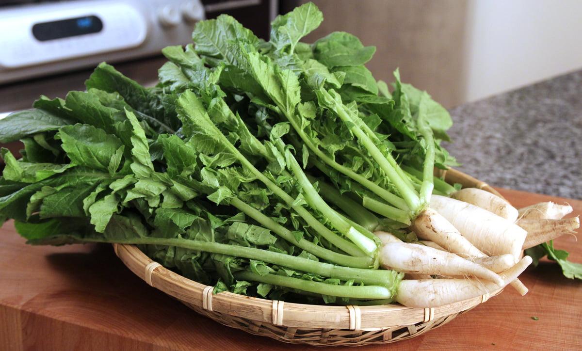 Cách làm cải muối chua ngọt bằng củ cải