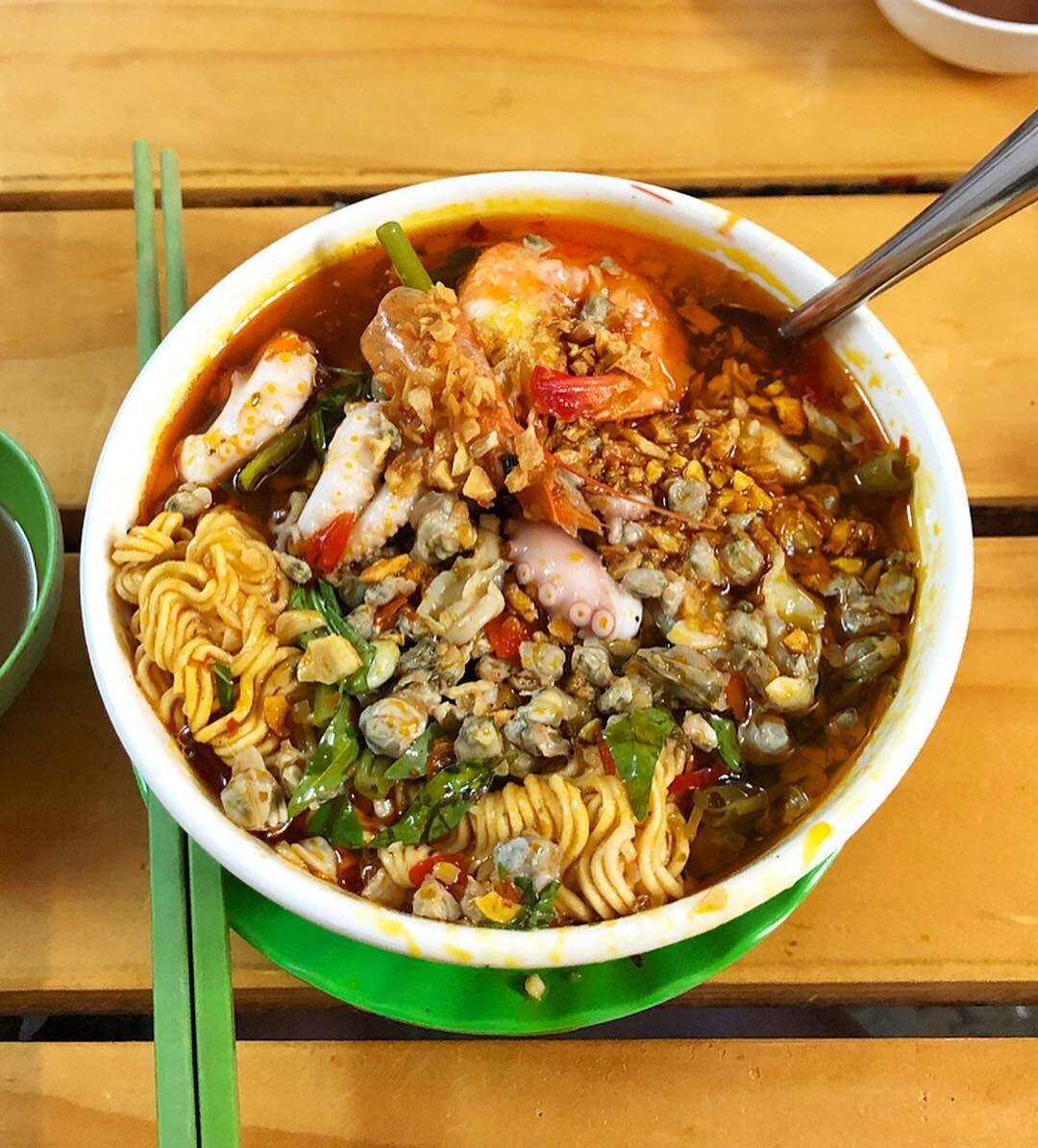 Mì ốc hến dì Lan - Top 4 món ăn ngon quận 4