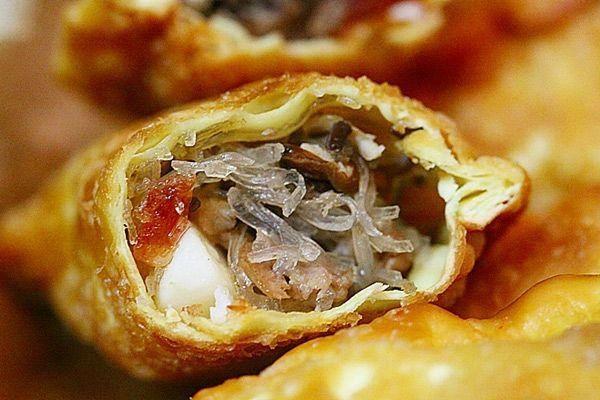 Bánh gối - 10 món ăn ngon Nam Định
