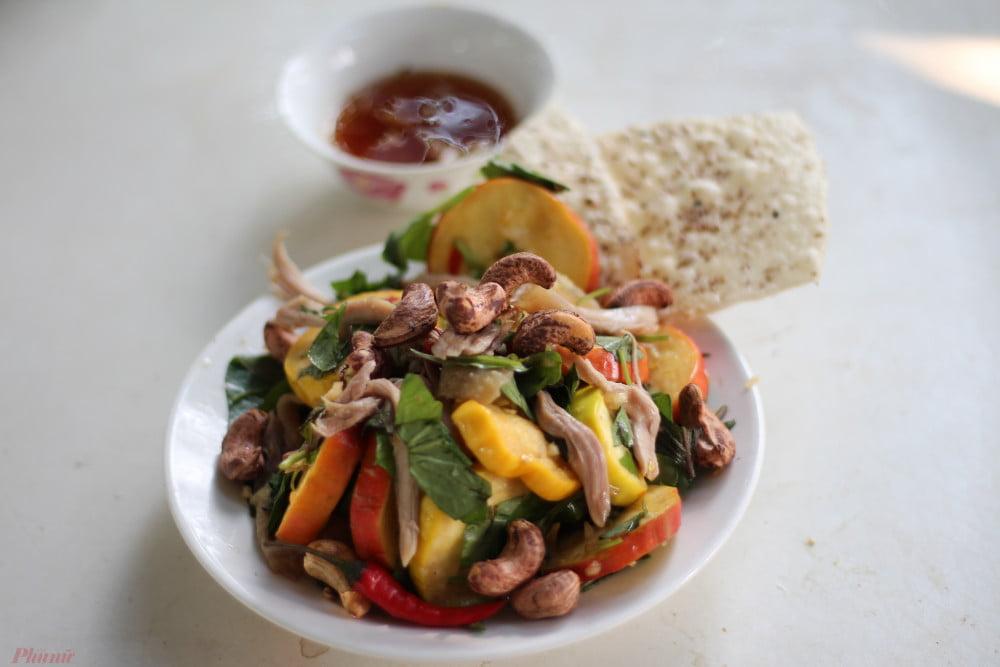 Gỏi trái điều - Món ăn ngon tại Bình Phước