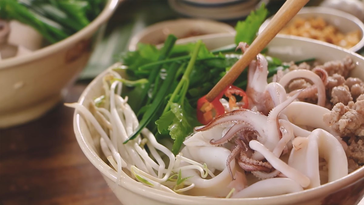 Hủ tiếu mực - Món ăn ngon tại Bình Phước