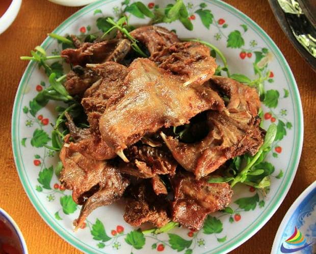 Chuột đồng chiên sả ớt - Món ăn ngon tại Cà Mau