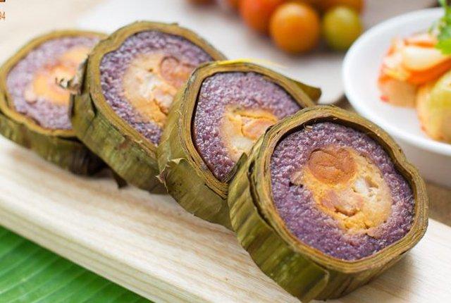 Bánh tét lá cẩm - Món ăn ngon tại Cần Thơ