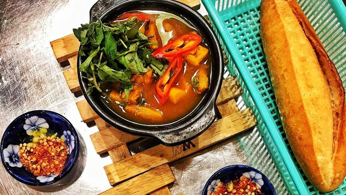 Phá lấu - Món ăn ngon tại Đà Nẵng