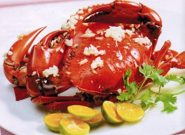 Cua hấp đỏ - 10 món ăn ngon huyện Cần Giờ