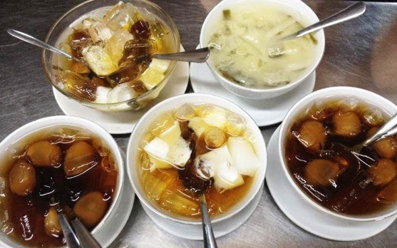 Chè Hoa - Top 10 món ăn ngon quận 11