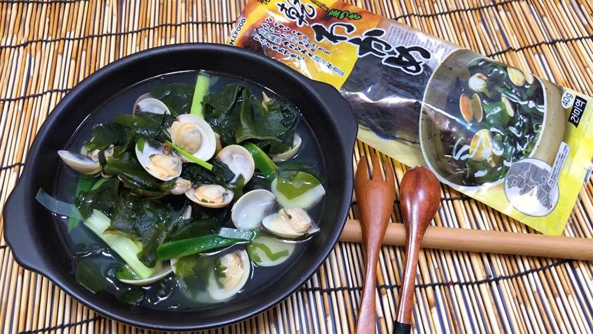 Bí quyết nấu canh rong biển không tanh cùng với ngao (hến)