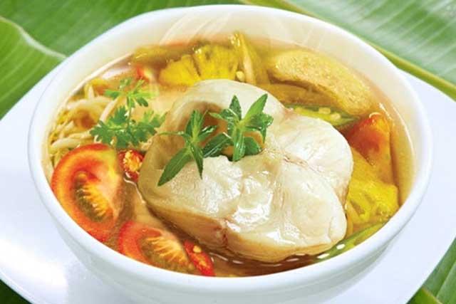 Cách nấu món canh chua với cá lóc