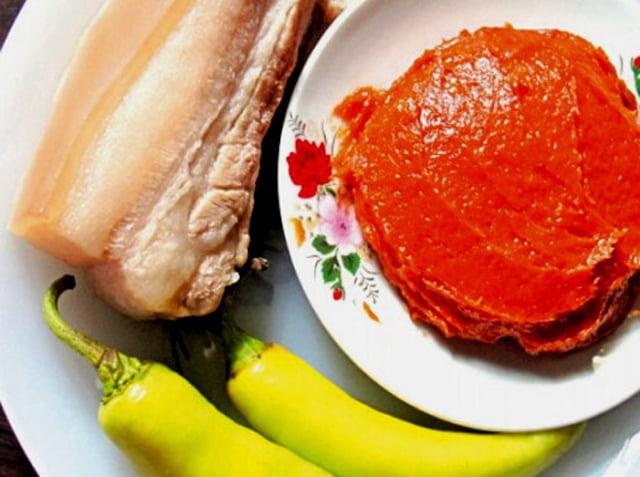 Mắm tôm chà - 10 món ăn ngon Tiền Giang