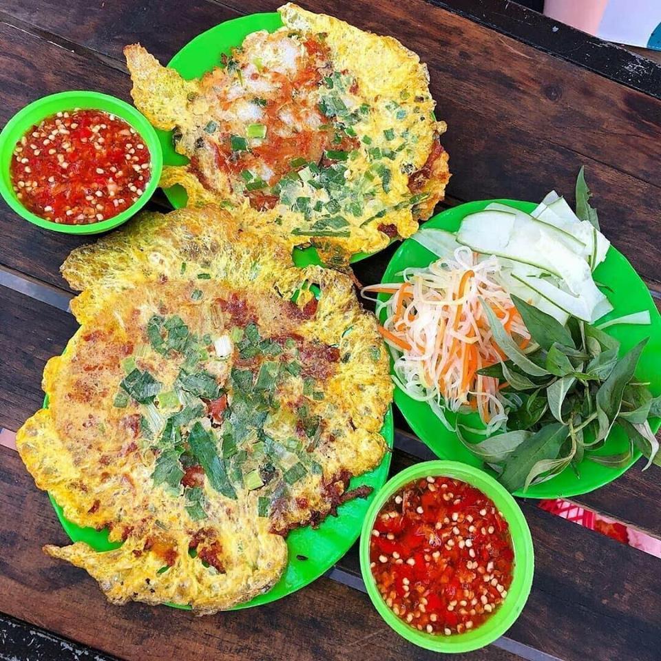 Bánh ép - 10 món ăn ngon Thừa Thiên Huế