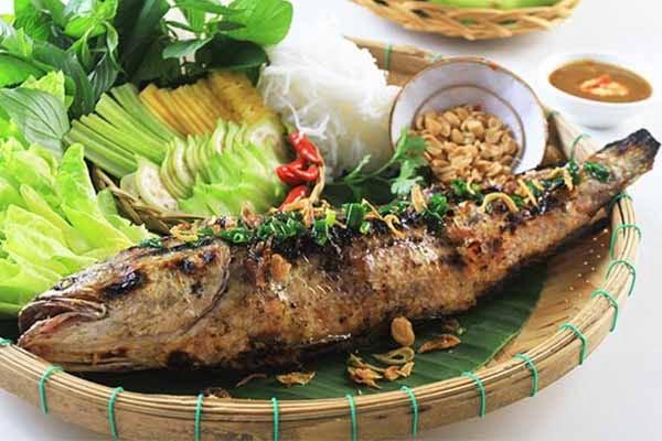 Cá lóc nướng trui - Món ăn ngon tại Long An