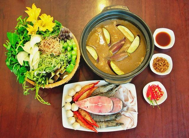 Lẩu mắm - Món ăn ngon tại Long An