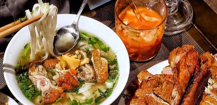 Phở vịt quay - Món ăn ngon tại Lạng Sơn