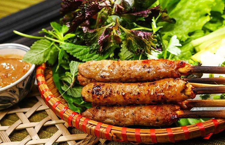 Nem nướng - 10 món ăn ngon Quảng Nam