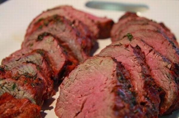 Bò tái kiến đốt - 10 món ăn ngon Vĩnh Phúc